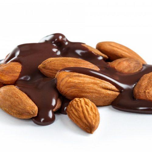 Almendras Horneadas Cubiertas de Chocolate